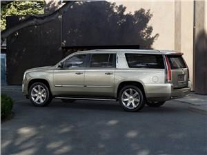 Cadillac Escalade 2015 вид сбоку