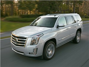 Cadillac Escalade 2015 вид спереди сбоку