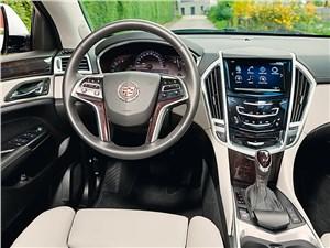 Французские истоки SRX - Cadillac SRX 2013 водительское место