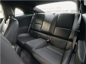 Предпросмотр chevrolet camaro 2012 задний диван