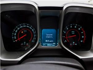 Предпросмотр chevrolet camaro 2012 приборная панель