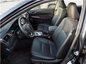 Toyota Camry 2012 передние кресла