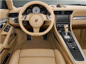Предпросмотр porsche 911 carrera 4s cabriolet 2011 водительское место