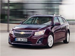 Chevrolet Cruze Station Wagon 2013 вид спереди