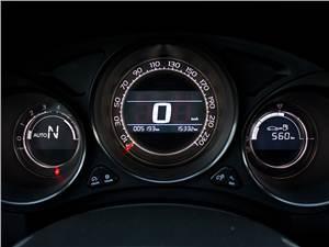 Citroen C4 2011 приборная панель