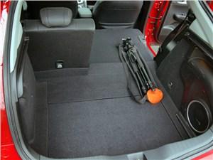 Honda Civic 2012 багажное отделение