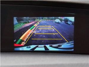Honda Civic 2012 вид с камеры заднего вида