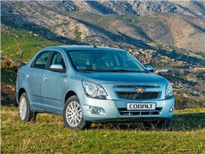 Chevrolet Cobalt - chevrolet cobalt 2013 вид спереди