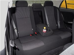 Toyota Corolla 2010 задний диван
