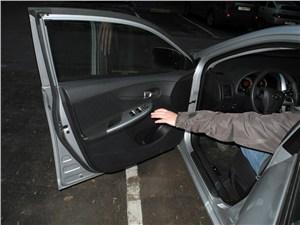 Toyota Corolla 2010 передняя дверь