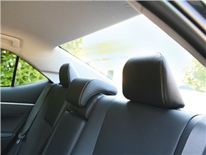 Toyota Corolla 2014 задний диван