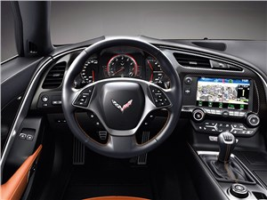 Chevrolet Corvette Stingray C7 2013 водительское место