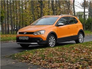 Volkswagen Cross Polo 2010 вид спереди