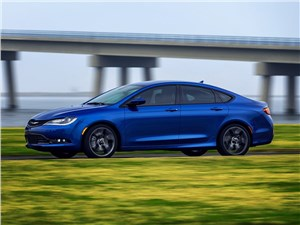 Chrysler 200 - Chrysler 200 2014 вид сбоку фото 2