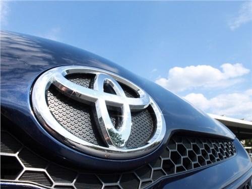 Российские продажи Toyota Group в октябре выросли более чем на четверть