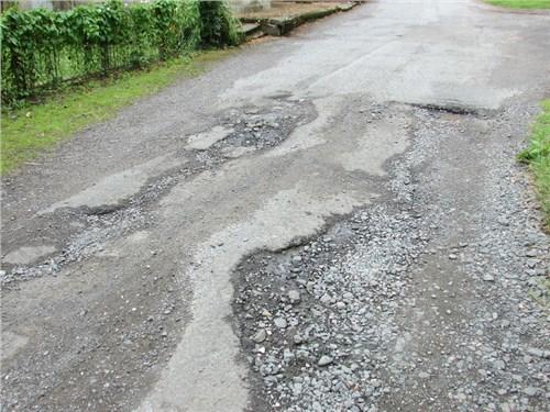 Увеличивается штраф за нарушения требований к строительству и ремонту дорог