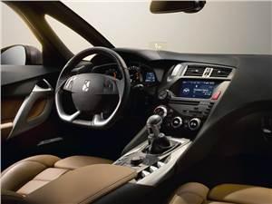 Citroen DS5 2012 водительское место