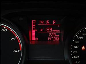 Предпросмотр seat ibiza 2012 дисплей бортового компьютера