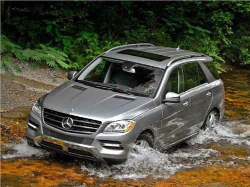 Новость про Mercedes-Benz M-Class - Mercedes-Benz начал отзыв своих автомобилей в России