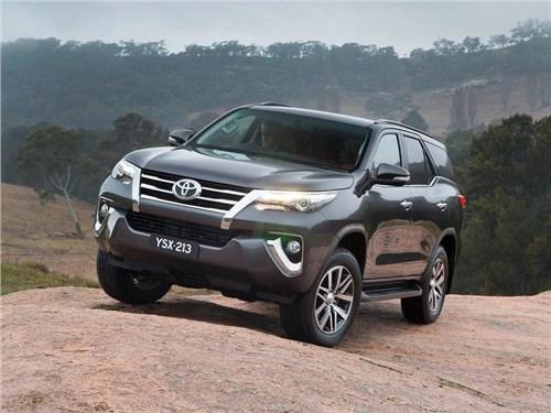 Новость про Toyota - Toyota прекращает производство внедорожника Fortuner в Казахстане