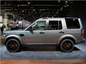 На игле Discovery - Land Rover Discovery 2014 вид сбоку