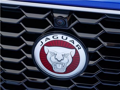 Предпросмотр jaguar e-pace 2018 логотип
