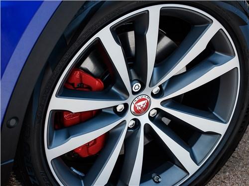 Предпросмотр jaguar e-pace 2018 колесо