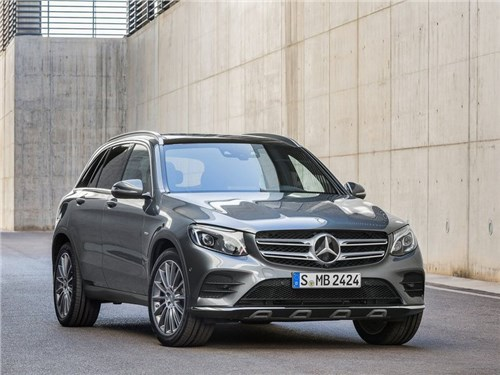 Mercedes-Benz отзывает кроссоверы GLC в России