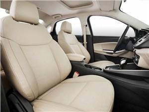 Предпросмотр ford escort concept 2014 передние кресла