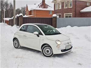 Fiat 500 2008 вид сбоку