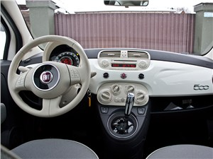 Fiat 500 2008 водительское место