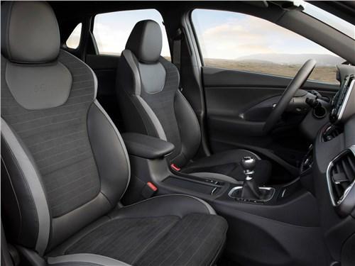 Предпросмотр hyundai i30 fastback n line 2019 передние кресла