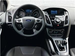 Ford Focus III 2011 водительское место