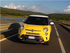 Fiat 500L Trekking - fiat 500l trekking 2014 вид спереди