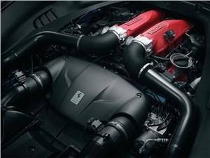 Предпросмотр ferrari california 2014 двигатель