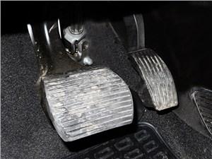 Fiat Punto 2012 педали