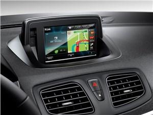 Renault Fluence 2013 монитор