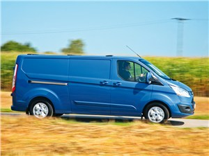 Ford Transit Custom 2012 вид сбоку