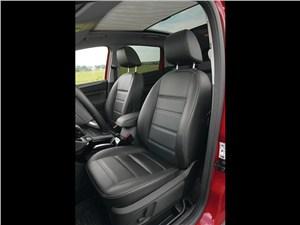 Предпросмотр ford kuga 2008 передние кресла