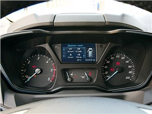 Ford Transit Custom 2012 приборная панель