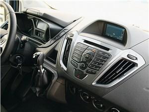 Ford Transit Custom 2012 центральная консоль