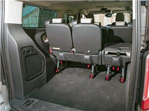 Ford Tourneo Custom 2013 багажное отделение