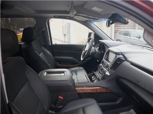 Chevrolet Tahoe 2018 передние кресла