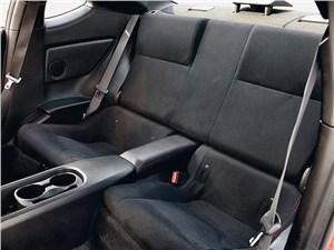 Toyota GT86 2012 задние кресла