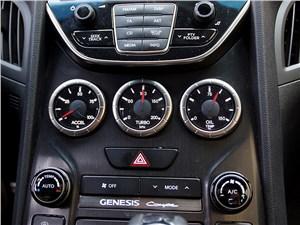 Предпросмотр hyundai genesis coupe 2012 центральная консоль