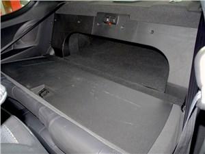 Предпросмотр hyundai genesis coupe 2012 багажное отделение