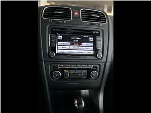 Предпросмотр volkswagen golf r 2009 мультимедийная система