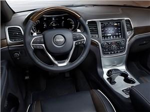 Jeep Grand Cherokee 2013 водительское место