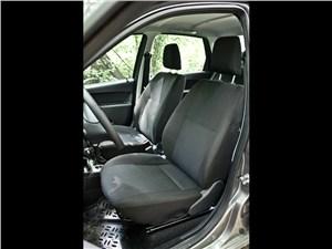 Lada Granta 2011 передние кресла