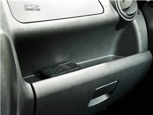 Lada Granta 2011 карман-поручень